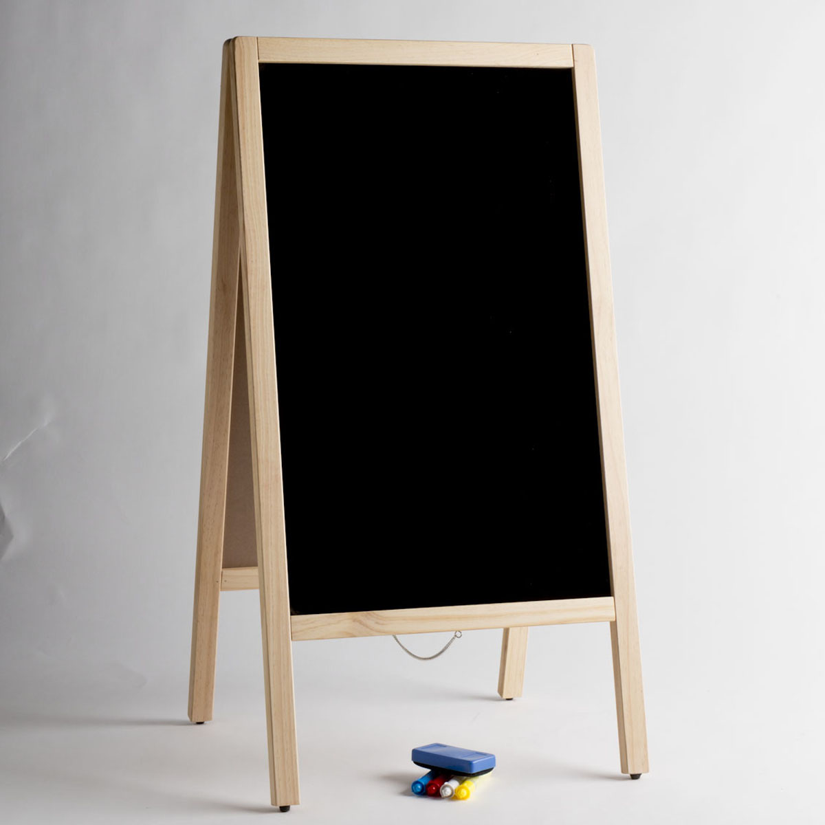 A-FRAME MARKING BOARD WITH MARKERS