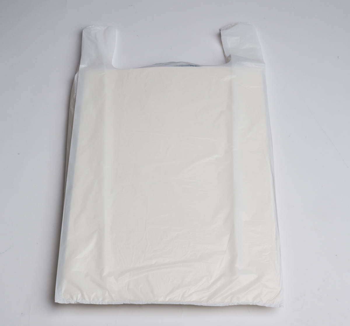 white plastic t shirt bags jumbo a b store fixtures ForJumbo T Shirt Bags